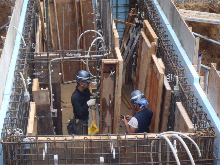 1-hpy-hpl-construction-P9070034